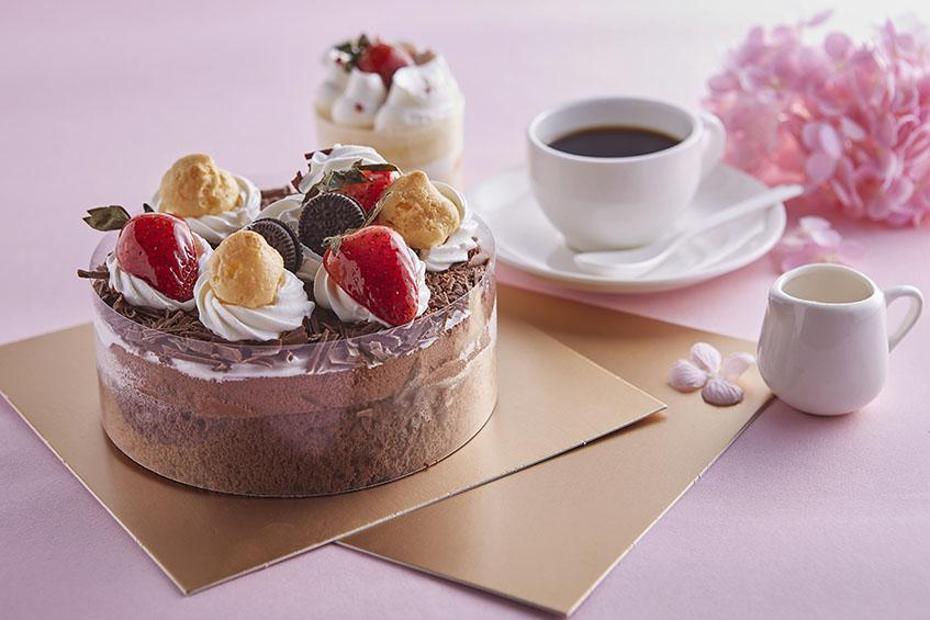 6吋蛋糕紙襯 正方形 20cm*20cm 金色蛋糕紙盤 底托 糕點盒 精緻茶點 西點 糕點 蛋糕  紙盒底襯 方便 時尚 包裝材料 蛋糕底托 紙板 包邊底托 蛋糕托
